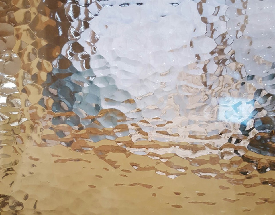 HAMMERED PATTERN GLASS